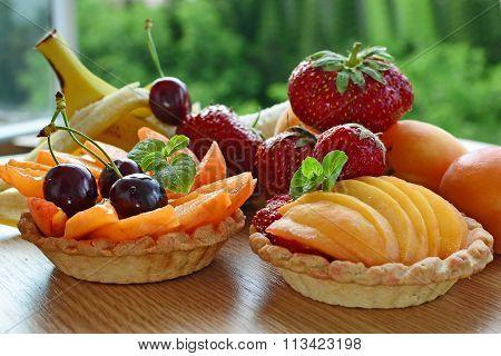 Fruit Tart, Mini Baskets Filled With Fresh Fruits