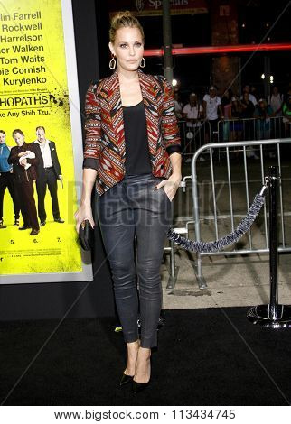 Leslie Bibb at the Los Angeles premiere of