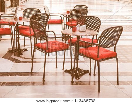 Tables Vintage