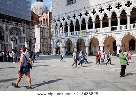 Tourists foot Street in Venice on May 26, 2015. its entirety is listed as a World Heritage Site, along with its lagoon.May 26 VENICE, ITALY