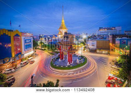 The Gateway Arch (odeon Circle) Landmark Of Bangkok Chinatown