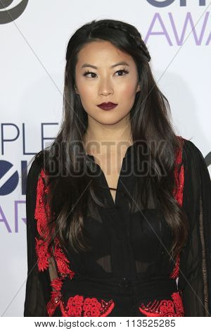 LOS ANGELES - JAN 6:  Arden Cho at the Peoples Choice Awards 2016 - Arrivals at the Microsoft Theatre L.A. Live on January 6, 2016 in Los Angeles, CA