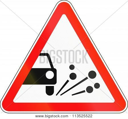 Road Sign Used In Russia - Loose Chippings