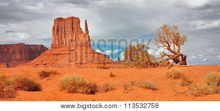 Monument Valley Navajo Tribal Park Arizona Usa