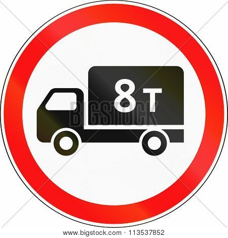 Road Sign Used In Russia - Weight Limit For Lorries