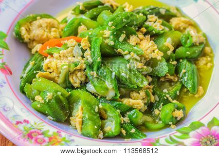 Sponge Gourd fried with Egg ingredient