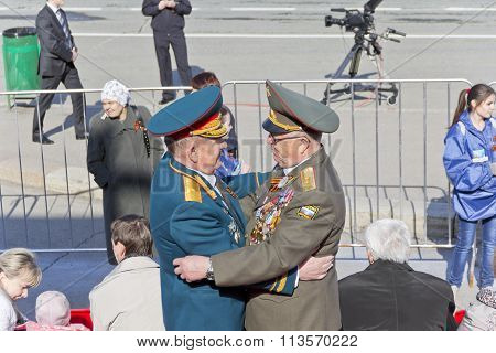 Meeting Of Two Generals Old Friends On Celebration On Annual Victory Day, May, 9, 2015 In Samara, Ru