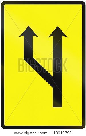 Road Sign Used In Slovakia - Increased Lanes Available (temporary)