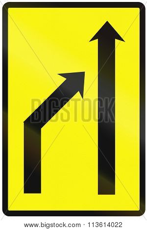 Road Sign Used In Slovakia - Reduction Of Lanes Available (temporary)
