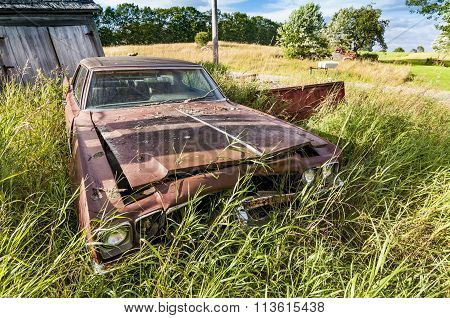 Old wrecking car