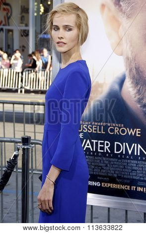 Isabel Lucas at the Los Angeles premiere of