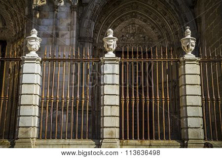 Toledo Cathedral facade, spanish church