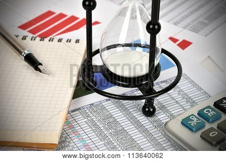 Sandglass And Business Report