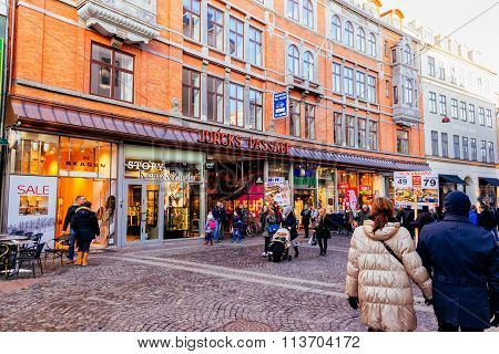 Copenhagen, Denmark - January 3, 2015: Stroget Is A Pedestrian, Car Free Shopping Area In Copenhagen