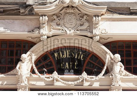 Facade Majestic Cafe.