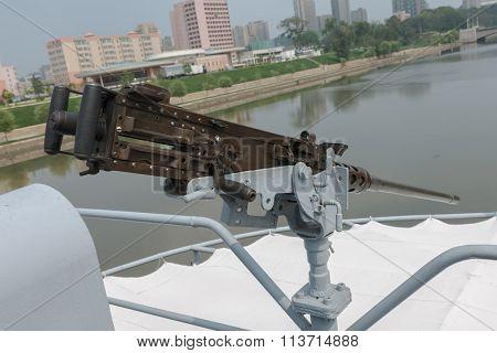 machine gun on the ship Pueblo in Pyongyang