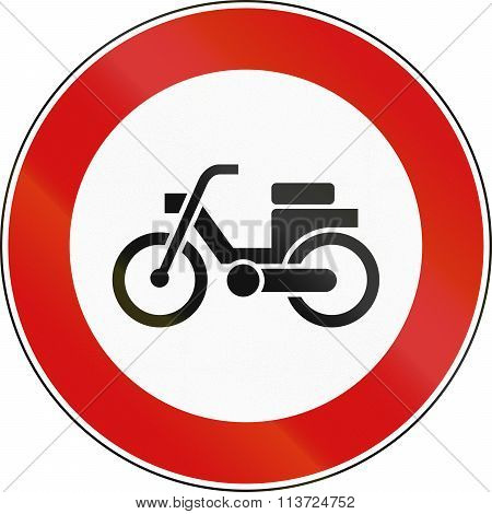 Road Sign Used In Italy - Mopeds