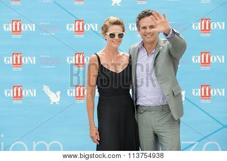 Actor Mark Ruffalo and wife Sunrise Coigney