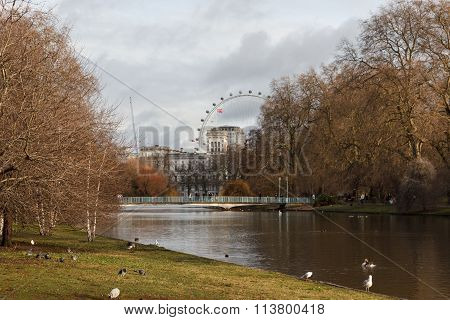 St. James's Park with london eye and palace in the background