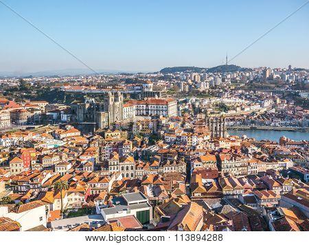 Porto roofs