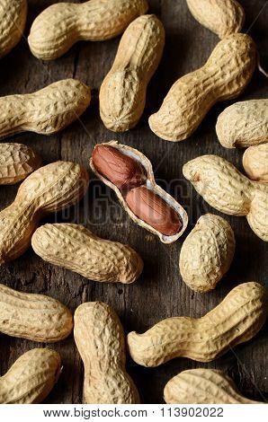 Dried Peanuts  In Shells