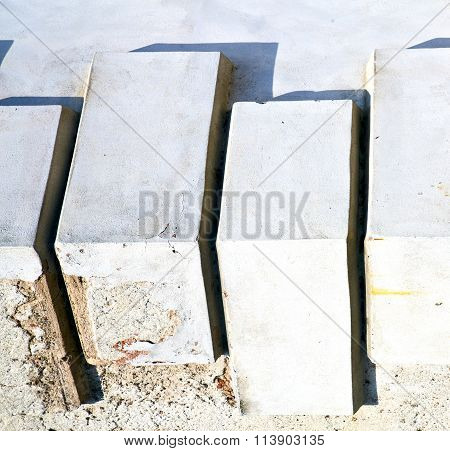 Santo Antonino Lombardy    Wall Of Curch Pattern