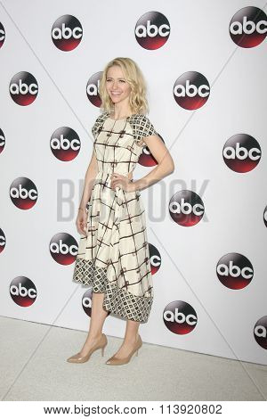 LOS ANGELES - JAN 9:  Johanna Brady at the Disney ABC TV 2016 TCA Party at the The Langham Huntington Hotel on January 9, 2016 in Pasadena, CA