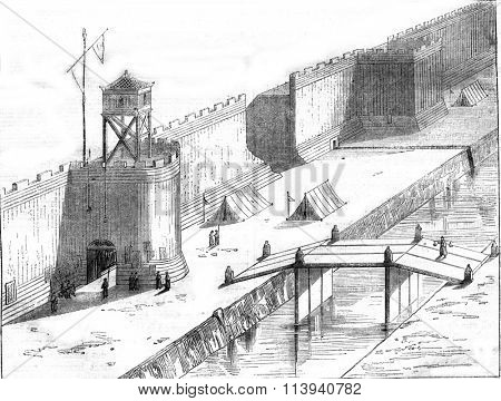 Chinese walls of a fortified city, vintage engraved illustration. Magasin Pittoresque 1870.