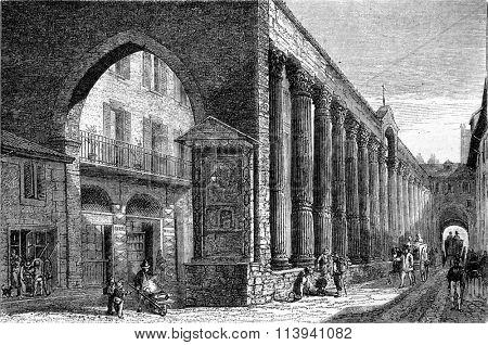 Milan columns of San Lorenzo, vintage engraved illustration. Magasin Pittoresque 1870.