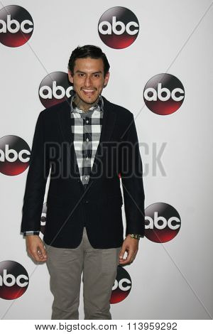 LOS ANGELES - JAN 9:  Richard Cabral at the Disney ABC TV 2016 TCA Party at the The Langham Huntington Hotel on January 9, 2016 in Pasadena, CA