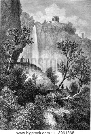 The Temple of the Sibyl at Tivoli, vintage engraved illustration. Magasin Pittoresque 1870.