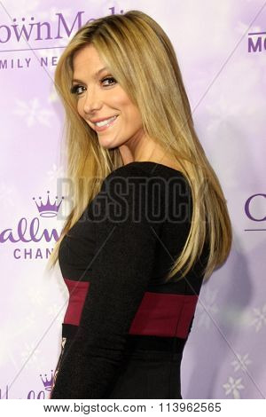 LOS ANGELES - JAN 8:  Debbie Matenopoulos at the Hallmark Winter 2016 TCA Party at the Tournament House on January 8, 2016 in Pasadena, CA