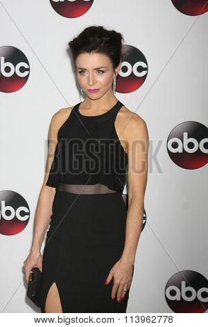 LOS ANGELES - JAN 9:  Caterina Scorsone at the Disney ABC TV 2016 TCA Party at the The Langham Huntington Hotel on January 9, 2016 in Pasadena, CA