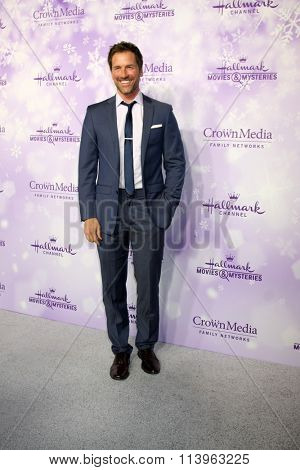 LOS ANGELES - JAN 8:  Paul Greene at the Hallmark Winter 2016 TCA Party at the Tournament House on January 8, 2016 in Pasadena, CA
