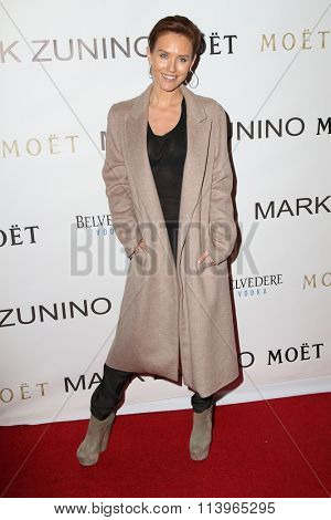 LOS ANGELES - JAN 7:  Nicky Whelan at the Mark Zunino Atelier Opening at the Mark Zunino Atelier Boutique on January 7, 2016 in Beverly Hills, CA