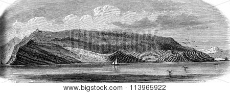 The Palmaria island in the Gulf of Spezia, south side, vintage engraved illustration. Magasin Pittoresque 1869.