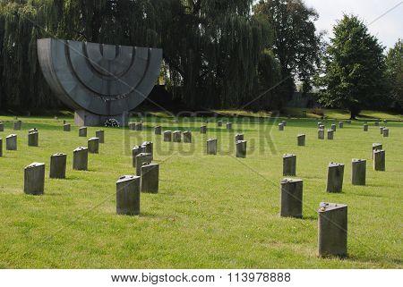 The graveyard in Terezín