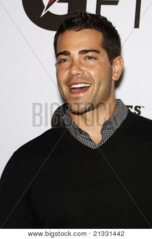 LOS ANGELES - APR 12:  Jesse Metcalfe at the 'Gatorade G Series Fit Launch Event' at the SLS Hotel in Los Angeles, California on April 12, 2011.