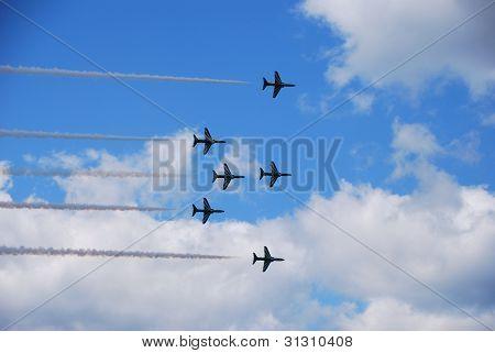 seis aviões