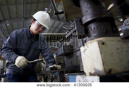 Mechanical Technician Measuring Detail