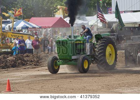 John Deere 6030 Tractor Pulling