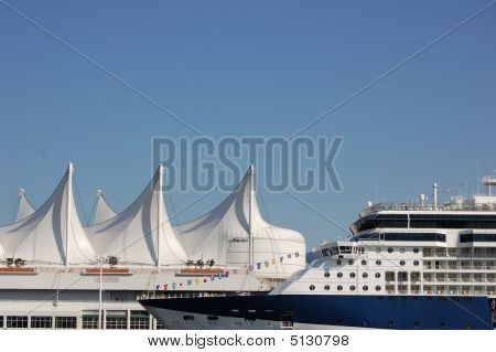 Cruiseship At Canada Place