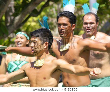 Maori Performers 1