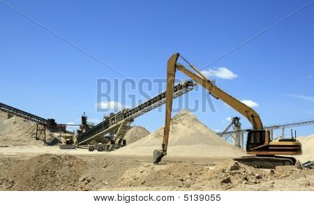 Gravel Pit Machinery