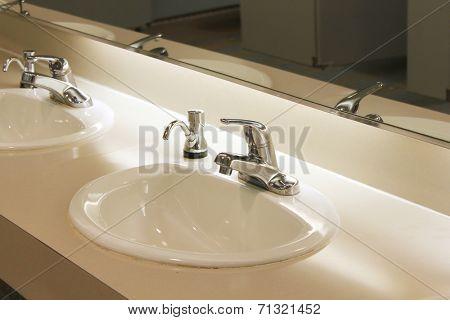 Very clean sinks in public bathroom