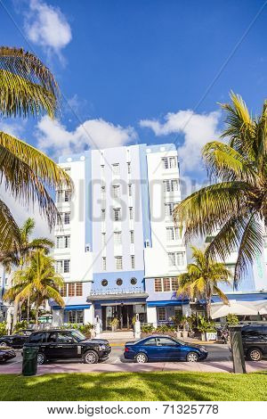 Beautiful Houses In Art Deco Style In South Miami