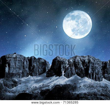 Dolomite peaks Sella