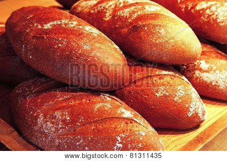 baked buns on market
