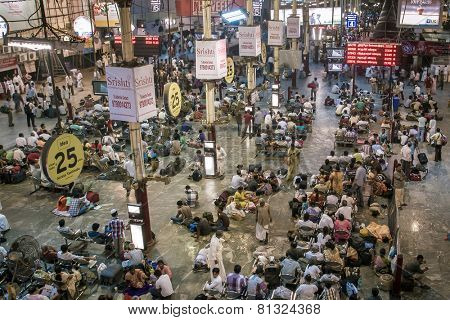 CHENNAI, INDIA - MARCH 10: Commuters at Chennai railway station on March 10, 2013 in Chennai, India.