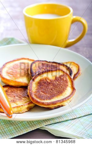 Applesauce Thin Pancakes